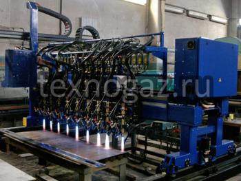 Машина для резки металла Кристалл ПКП-2,5 в процессе эксплуатации